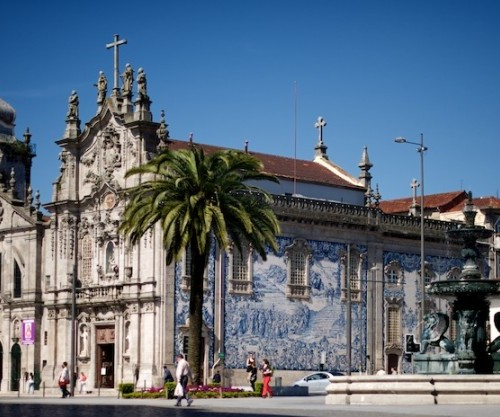 Iglesia Del Carmen En Oporto